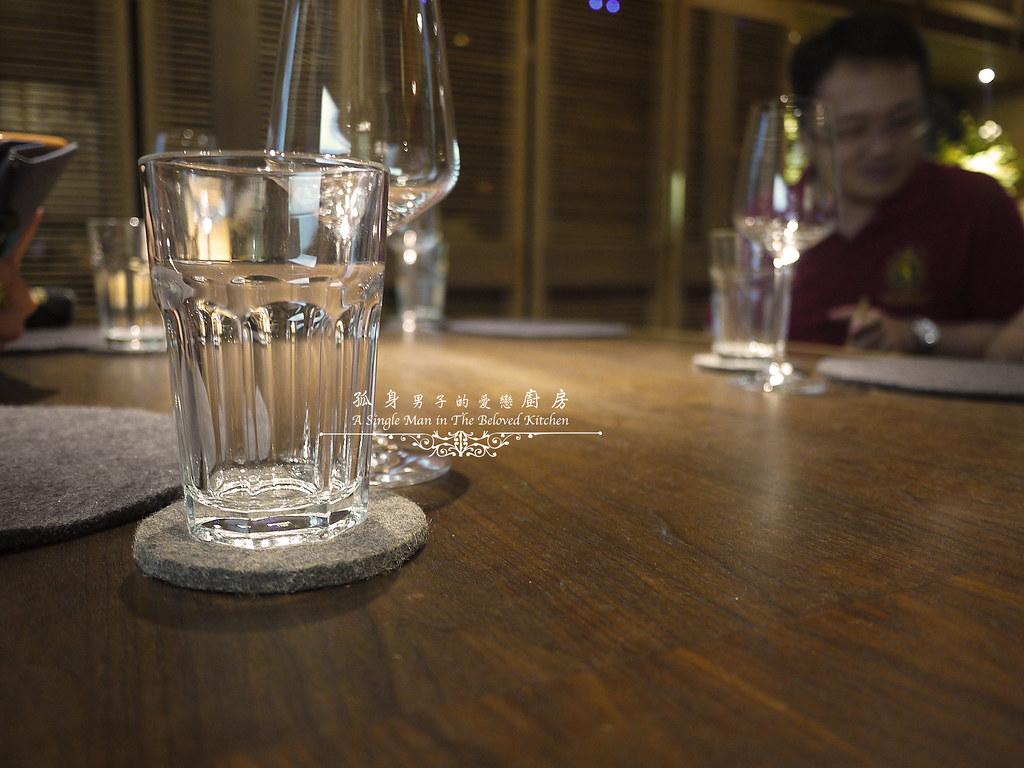 孤身廚房-江振誠RAW餐廳初訪2