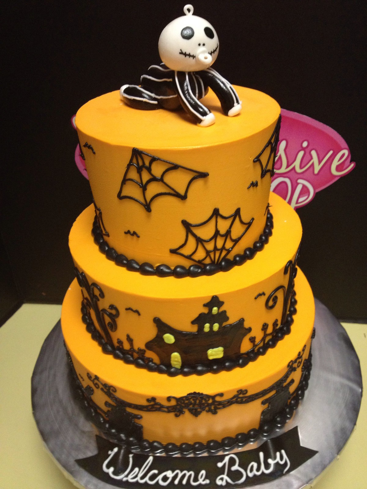 halloween themed baby shower halloween baby shower showers pinterest themed baby showers baby showers and halloween