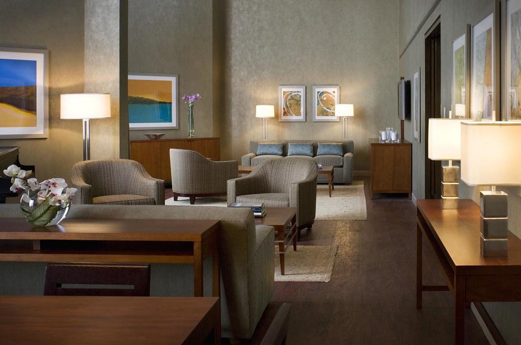 Suite Hotels Toronto Airport