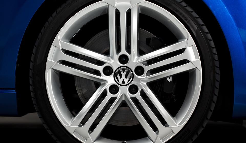 Volkswagen Golf R Talladega Alloys - 119.8KB