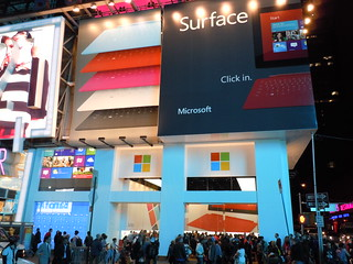 Microsoft Surface / Pop-Up Store | by LunchboxLarry