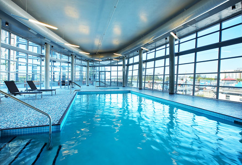 The Westin Wall Centre Vancouver Airport Swimming Pool Flickr