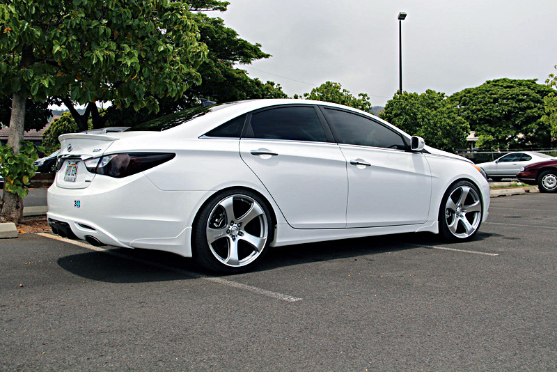 Mrr Hr2 Wheels On Hyundai Sonata Wheelpal Com