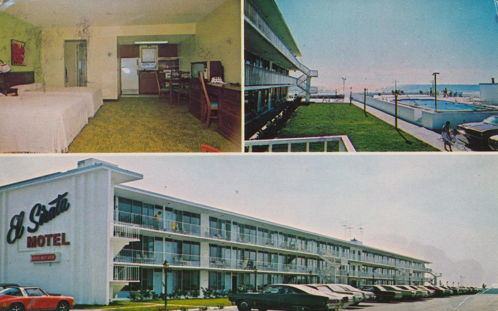 El Sirata Apartment Motel - St. Petersburg Beach, Florida