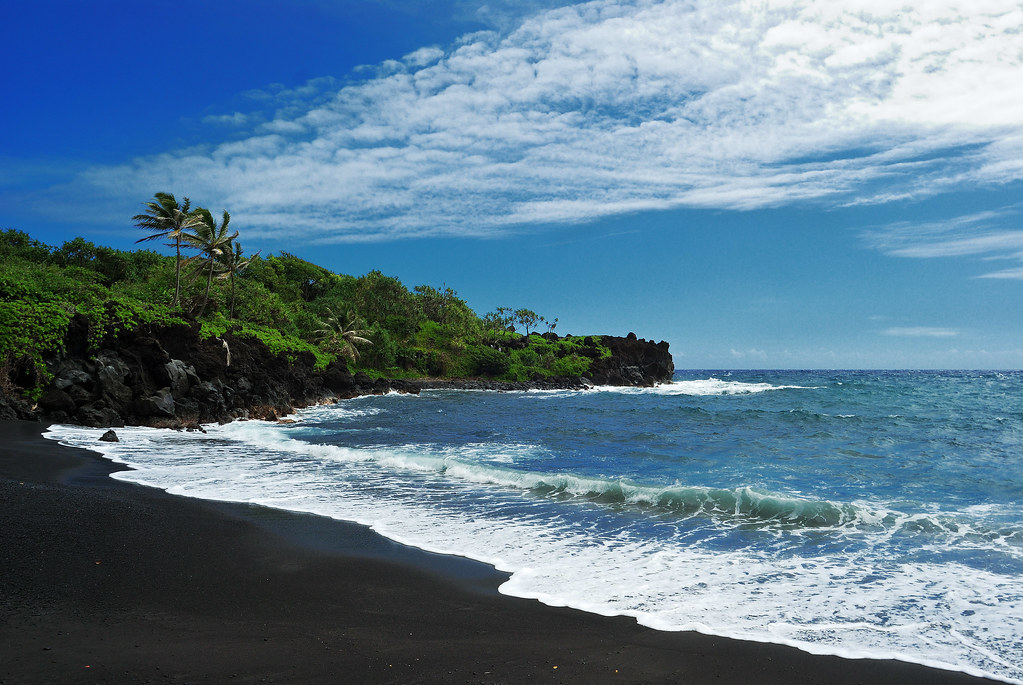 punaluu-black-sand-beach-map