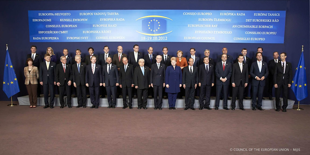Foreign Policy >> European Council - Family Photo   The 27 Prime Ministers and…   Flickr