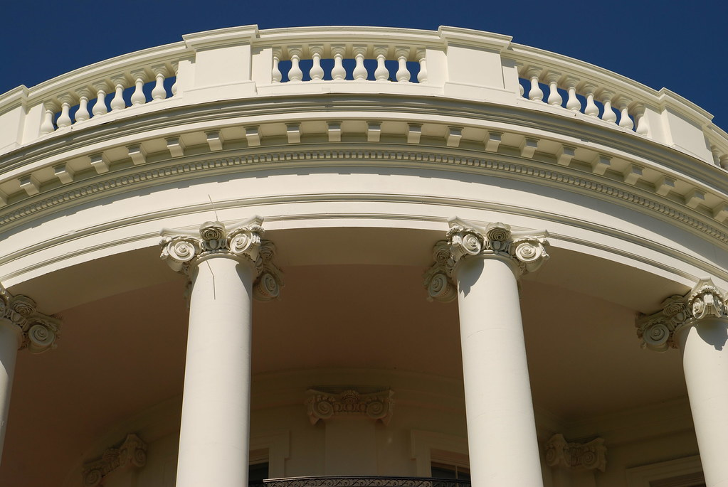 Zoom On The White House Columns S L Flickr