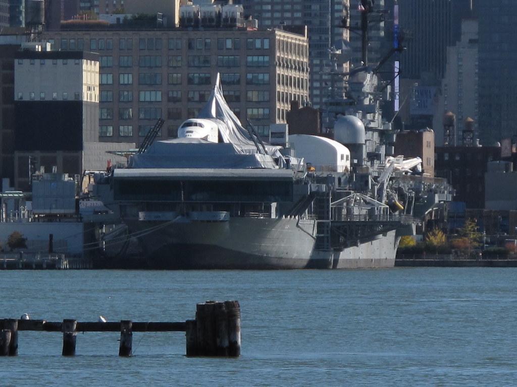 Space Shuttle Enterprise on USS Intrepid | Pretty neat ...