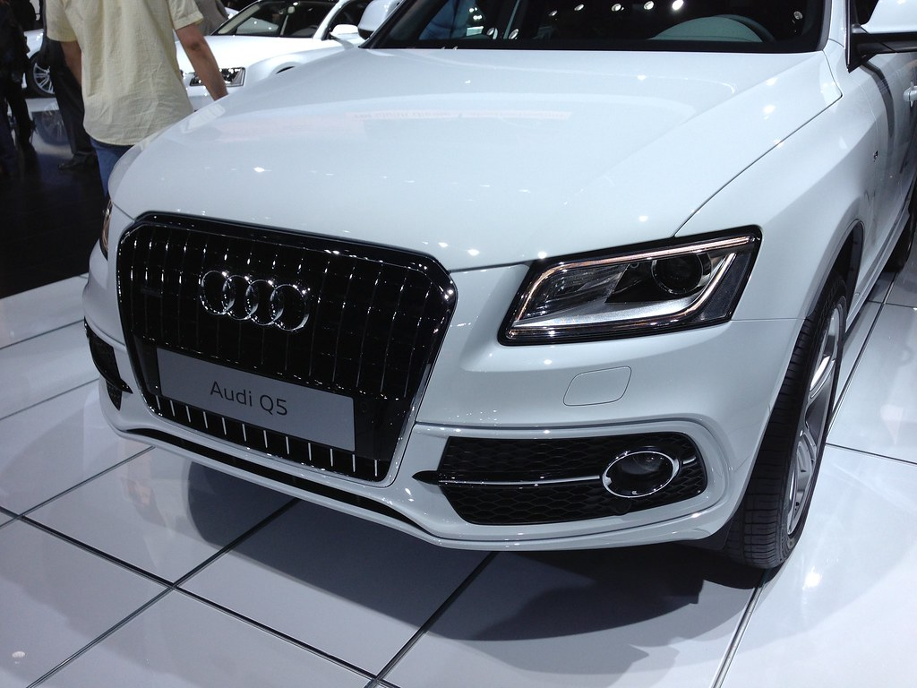 2013 audi q5 3 0 tdi picture of the 2013 audi q5 3 0 tdi. Black Bedroom Furniture Sets. Home Design Ideas