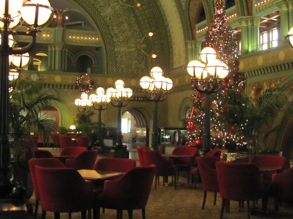 christmas tree st louis union station hotel by trolee9
