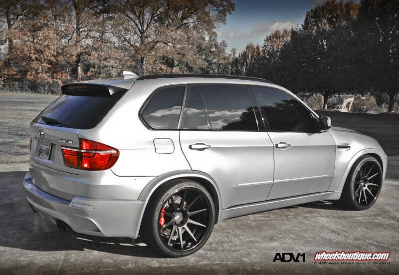 BMW X5M On ADV10 Deep Concave Wheels Brembos