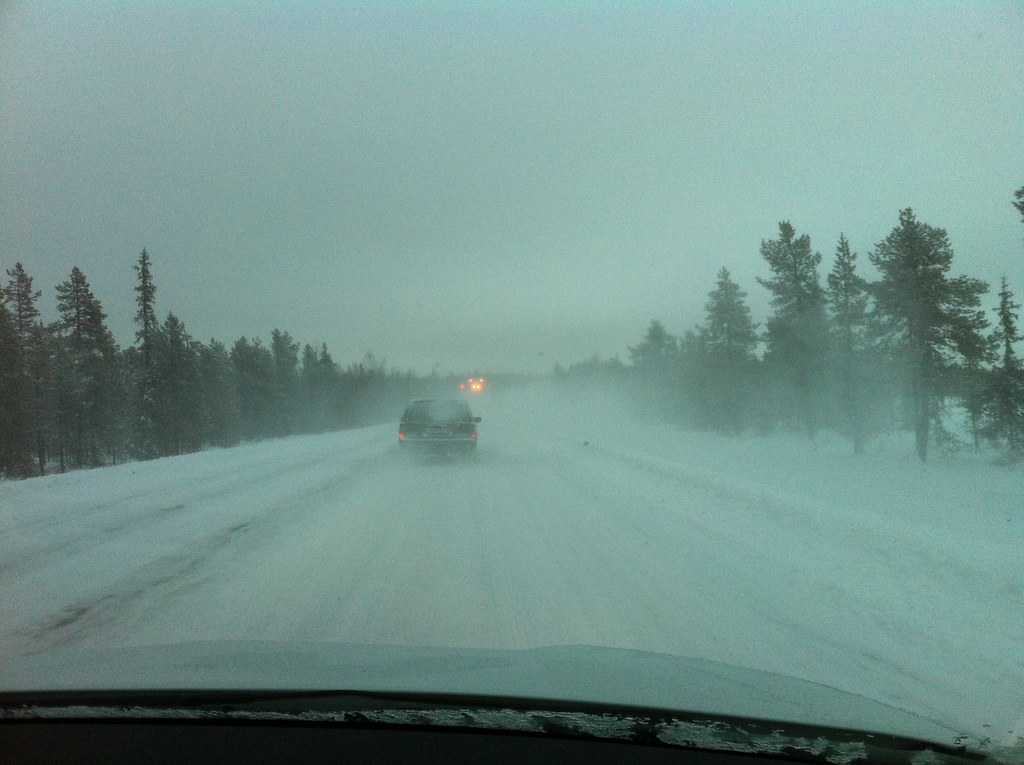 Cold, dark and snowy   Driving in northern Sweden   Mercury dog ... Driving