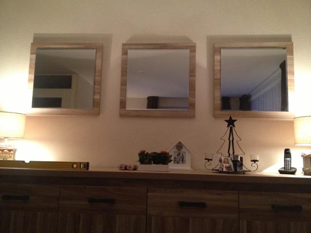 En ook spiegels boven het dressoir for Spiegel boven dressoir