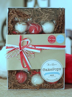 Red Velvet and Vanilla Bean Holiday Cake Pops | by Sweet Lauren Cakes