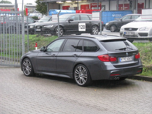 Bmw D Luxury Touring Review