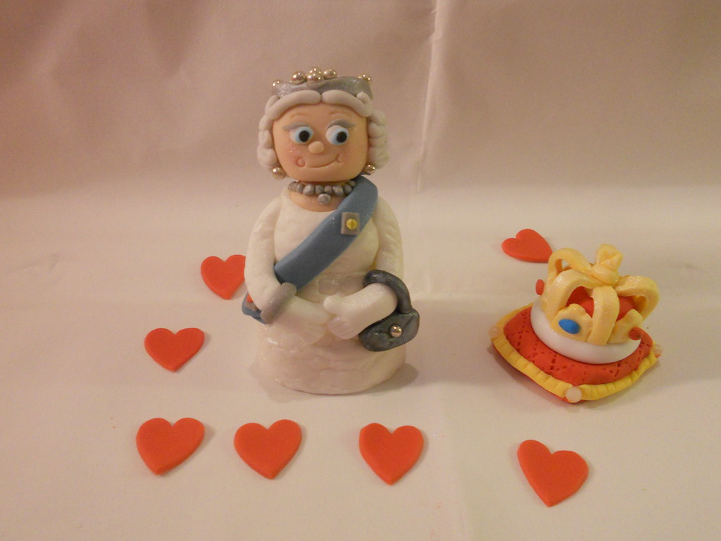 queen royal family crown cake topper decoration figure flickr