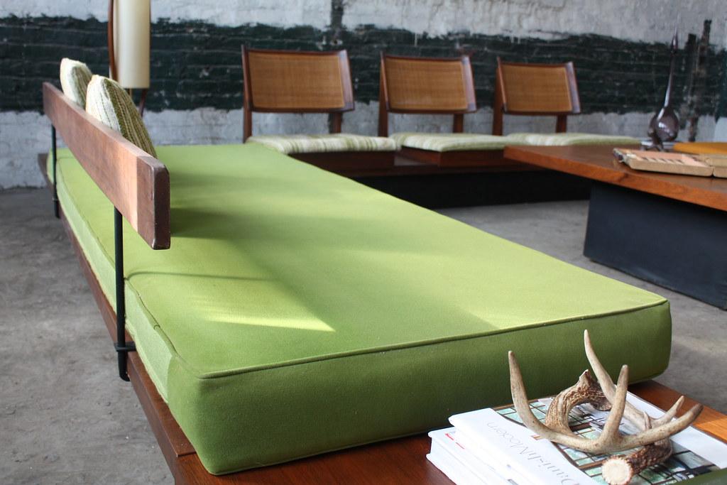 stunning milo baughman mid century modern platform sofa be
