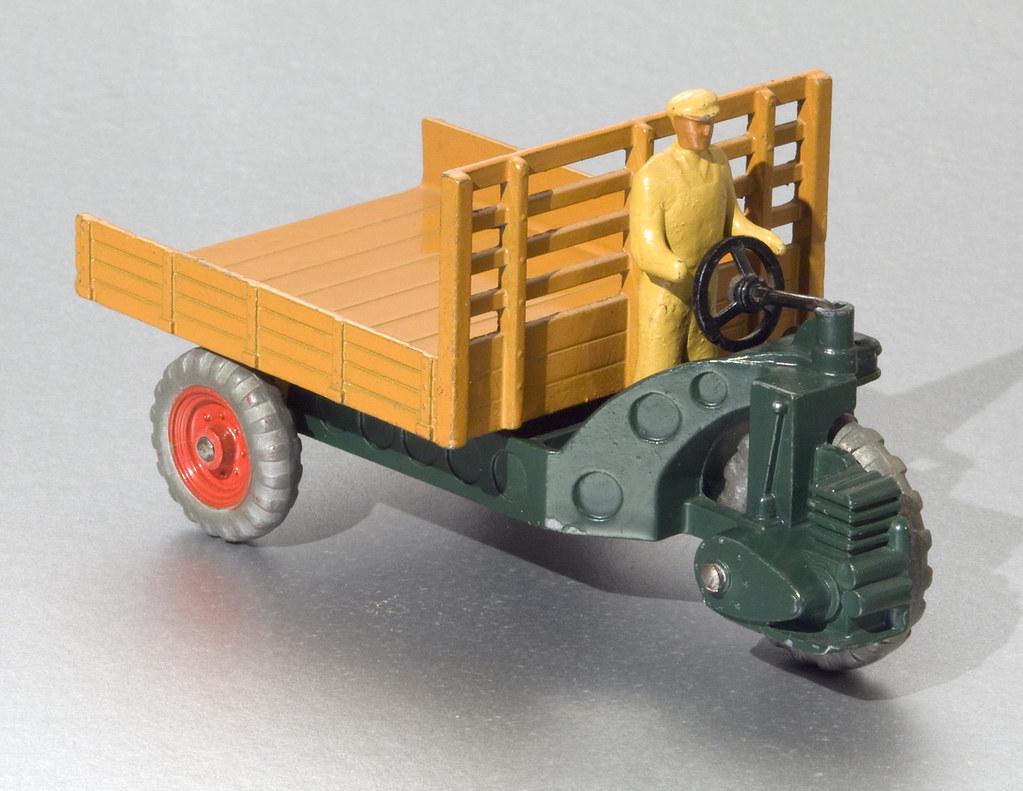 dinky toys 27g 342 motocart in the rare dark green flickr. Black Bedroom Furniture Sets. Home Design Ideas