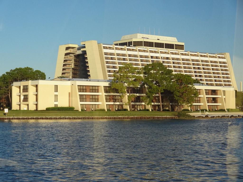 Disney 39 S Contemporary Resort Garden Wing Rooms Walt Di Flickr