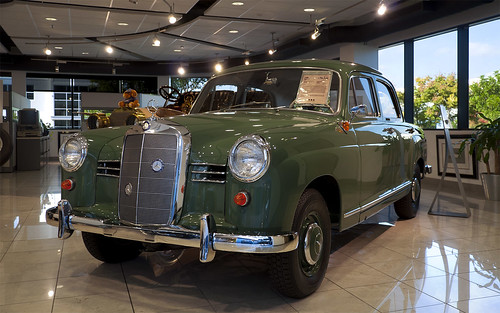 1958 mercedes benz 180 d ponton 1958 mercedes benz 180 d for Mercedes benz classic center california