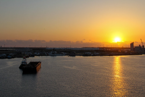 87/365: Port Canaveral Sunrise | by mikepirnat