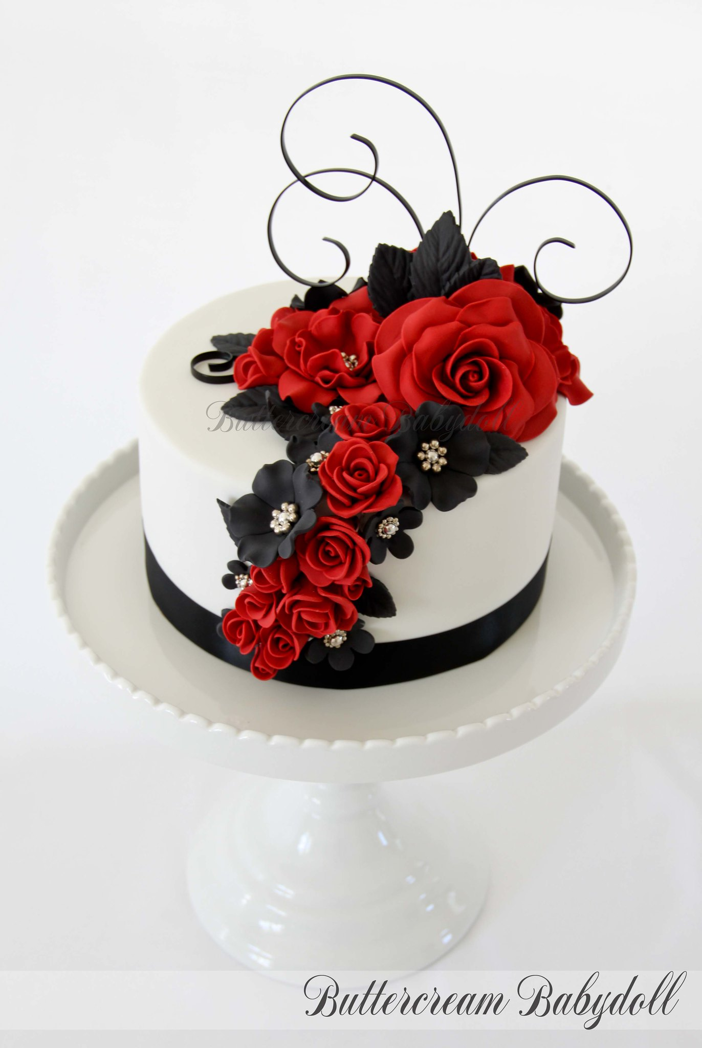Luxury Red Black Wedding Cakes Image Collection - The Wedding Ideas ...
