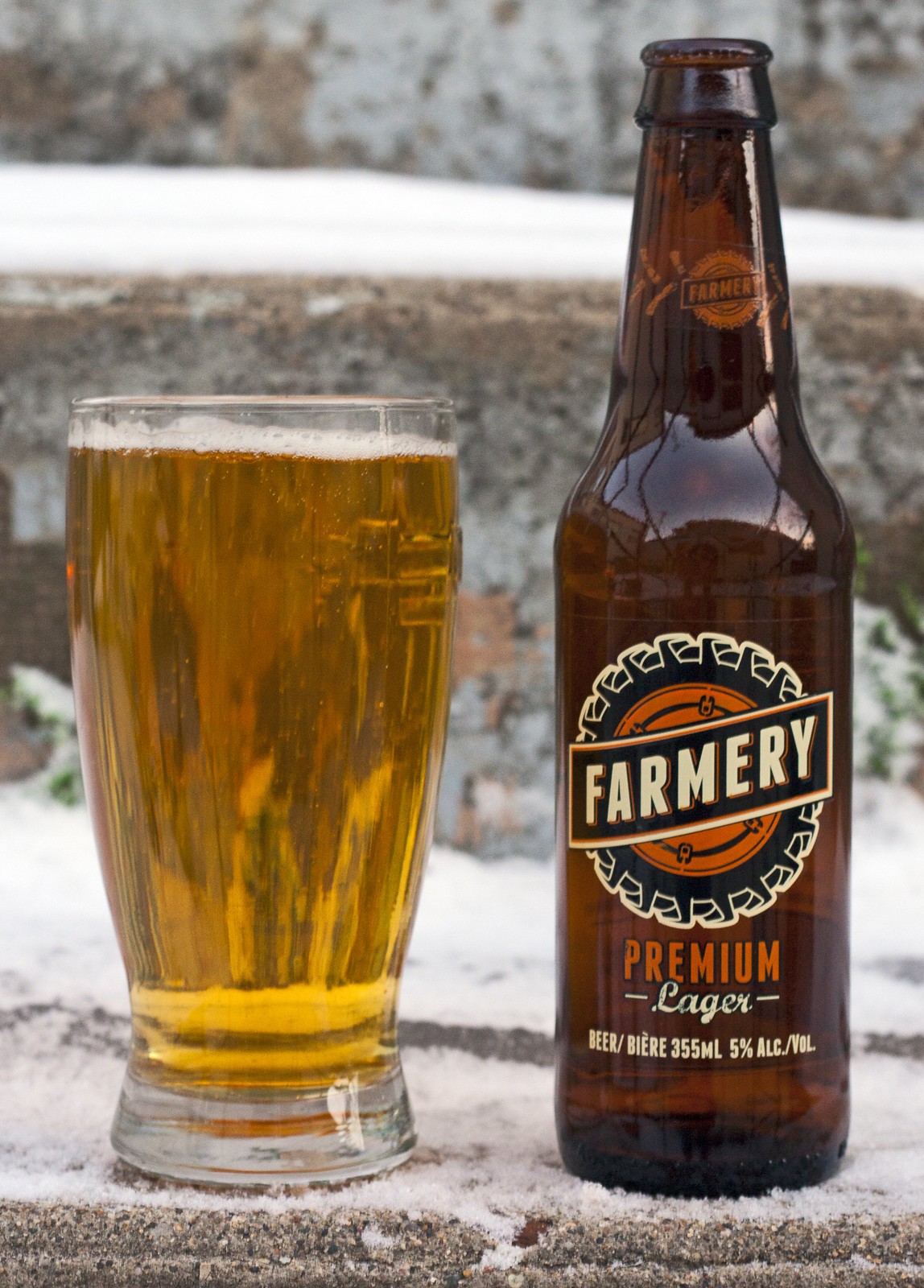 Review: Farmery Premium Lager by Cody La Bière