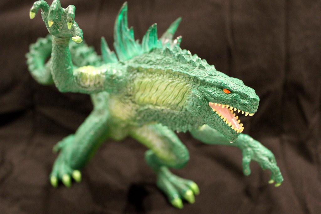 "TRENDMASTERS ""Nuclear Glow Godzilla"" Unreleased RESIN Prot ..."