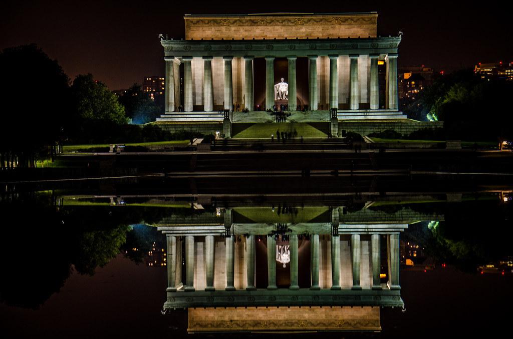 Lincoln Memorial At Night M01229 Flickr