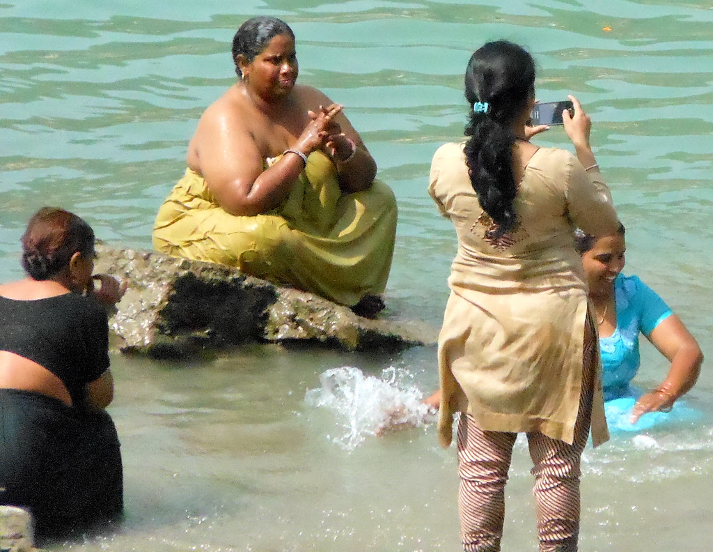 Ganges bath | Women having a bath at one of the ghats in Ris… | Flickr