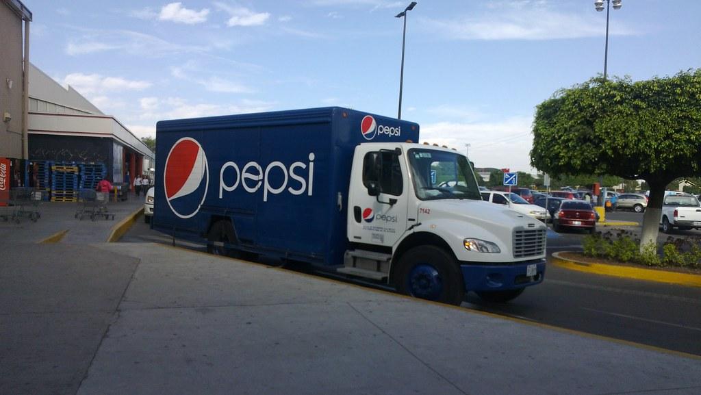 Freightliner Pepsi   Camión Repartidor de Pepsi Marca Freigh…   Flickr