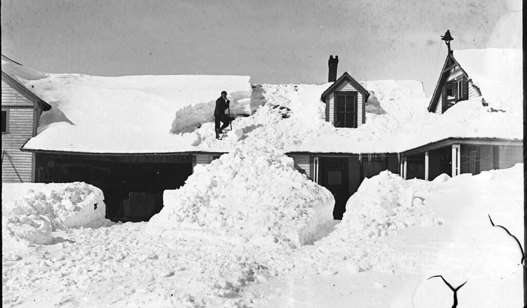 Shoveling Snow Off Roof Gb 2546 H L Chapman