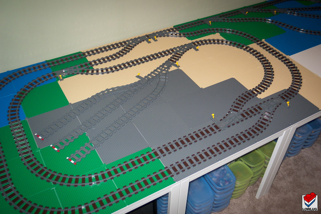 Lego Train Layout 1 Crappy Photo But It Gives You An