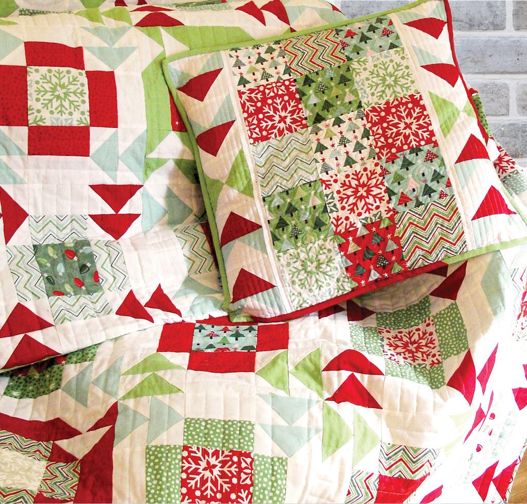 Yuletide Twist Pillow Pillow Tutorial On Moda Bakeshop
