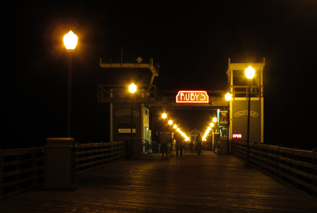 Oceanside pier 3751 a wednesday night 9 pm in for Oceanside pier fishing reports