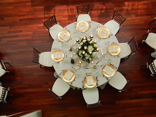 Golden China Table Settings | by Championship Catering