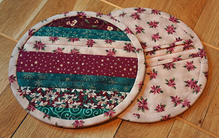 Not-so-zakka-style-potholders-2 | by Sy-elsk-lev