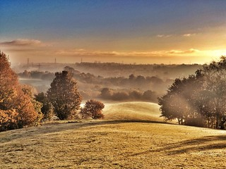 The rising of the mist one autumn morning over the rolling hills. | by Broo_am (Andy B)