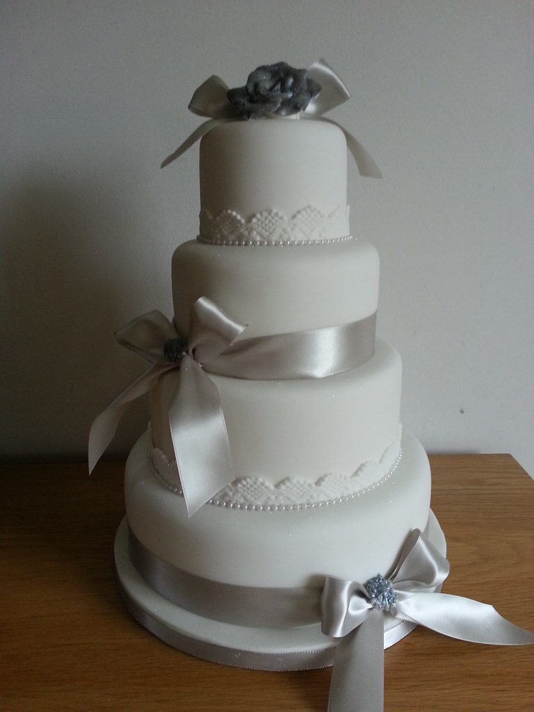 wedding cakes silver ivory and silver wedding cake debbie flickr 25463