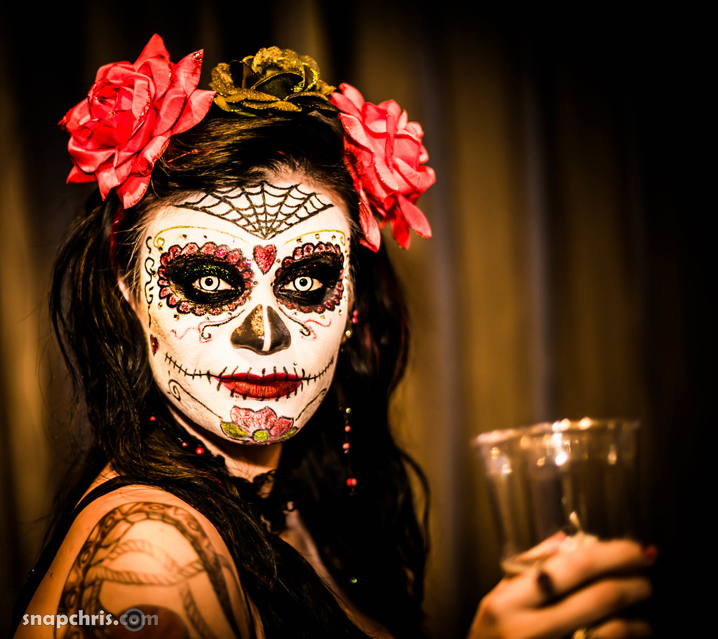 Day of The Dead Style Makeup Day of The Dead Makeup on