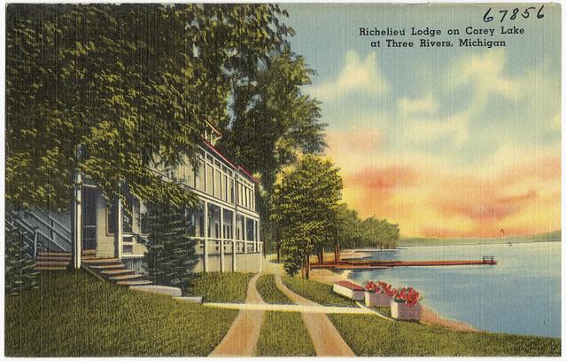 Richelieu Lodge On Corey Lake At Three Rivers Michigan