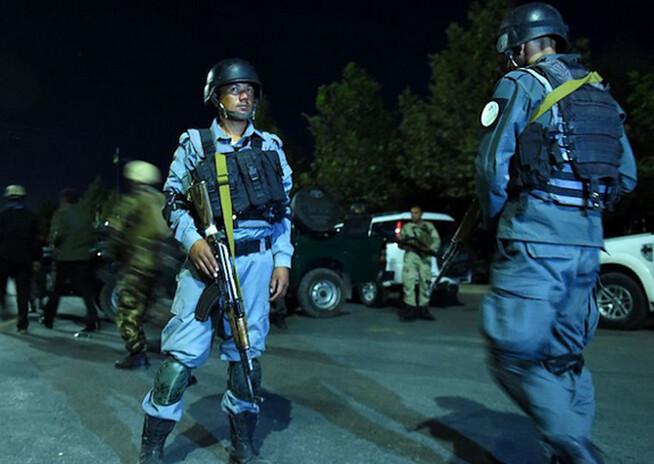 16 muertos deja ataque suicida en la Universidad de Kabul
