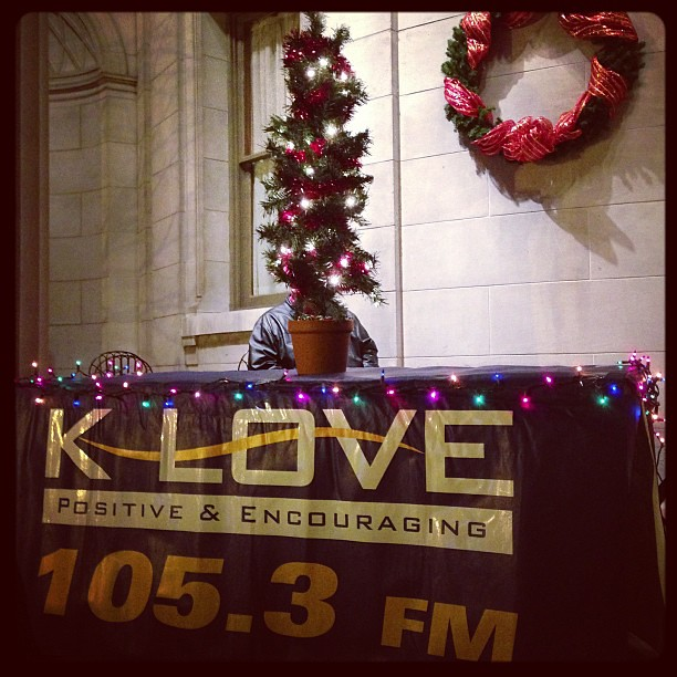 Klove Christmas Player.K Love Music Playing As The Crowd Grows In Downtown Kesha
