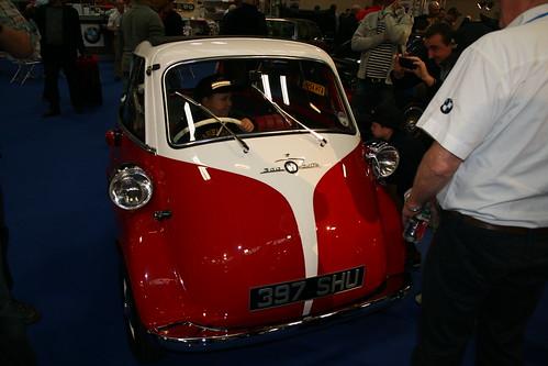 bmw izetta bubble ft on wheeler dealers classic car show. Black Bedroom Furniture Sets. Home Design Ideas