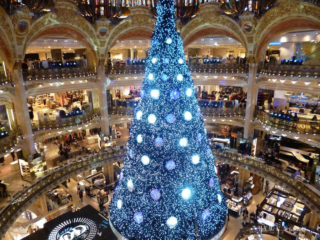 #224273 Grande Coupole Des Galeries Lafayette / Décoration De Noël  5431 décorations de noel galeries lafayette 1024x768 px @ aertt.com
