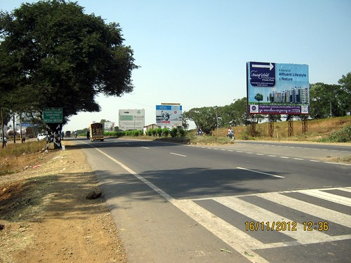 Hoardings on Old Mumbai Pune Highway - N H 4 at Kanhe - 2 | by Ravi Karandeekar