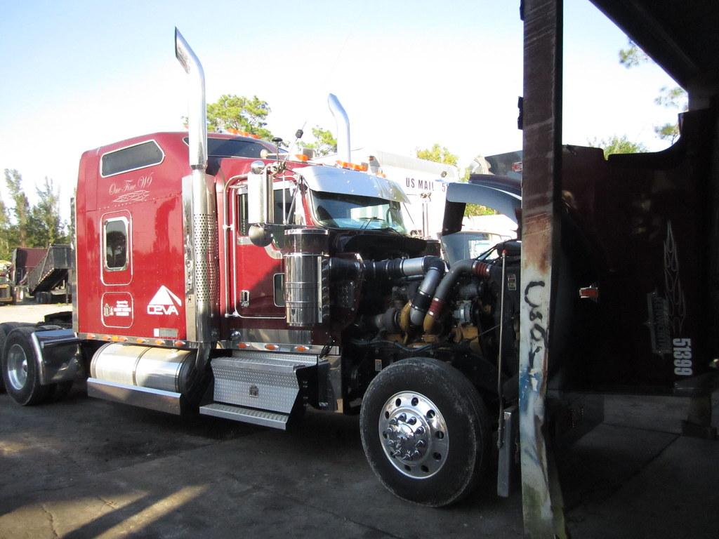 kenworth truck bank repos for sale special lender financi flickr. Black Bedroom Furniture Sets. Home Design Ideas
