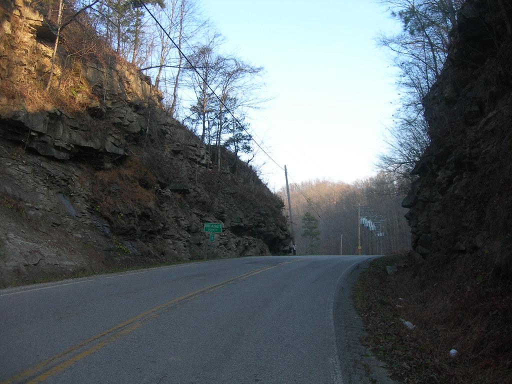 breathitt county line
