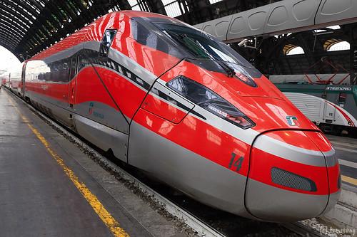 FrecciaRossa 1000 at Milano Centrale
