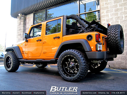 Jeep Wrangler with 20in Fuel Krank Wheels | Additional ...